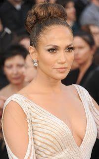 Jennifer Lopez Formal Bun hair tutorial ~ Eisy Morgan it looks so easy!
