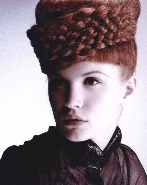 Crown Of Braids In 2020 Haar Styling Coole Frisuren Haar Design