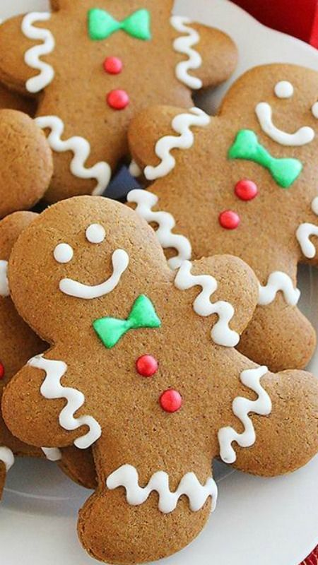 Spiced Gingerbread Man Cookies ~ easy, festive gingerbread men loaded with warm winter spices... The dough bakes up a spicy, soft cookie that creates an incredible aroma in your home. Plus, these little men are just as delicious as they are cute to look at!