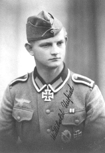 ✠ Wilibald Unfried (June 26th, 1919 -July 21st, 1994) RK 04.03.1942 Gefreiter MG-Schütze i. d. 9./Inf.Rgt 213 73. Infanterie – Division