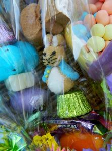 Easter Kandy Kabobs. Try this with your Easter candy. Easy and so cute!