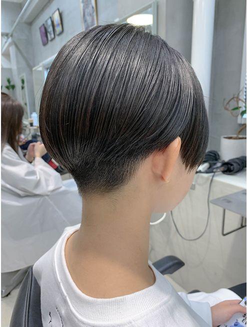 刈り上げ女子 ベリーショート ハンサムショート L048865766 テトヘアー Teto Hair のヘアカタログ ホットペッパービューティー ハンサムショート ヘアスタイル 襟足 刈り上げ