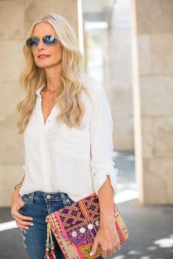 50 Gorgeous Summer Outfits For Women Over 40 Years Old Pursesfor50yearolds 40 Year Old Womens Fashion Fashion For Women Over 40 Fashion