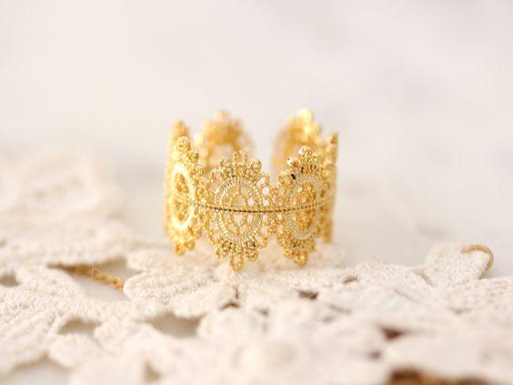 Lace Dandelion Ring
