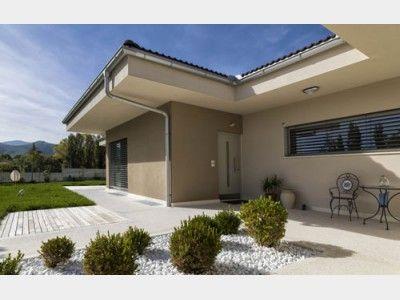 Hausfassade modern bungalow  Riegelbau Modern 2 - #Einfamilienhaus von Rubner Haus AG | HausXXL ...