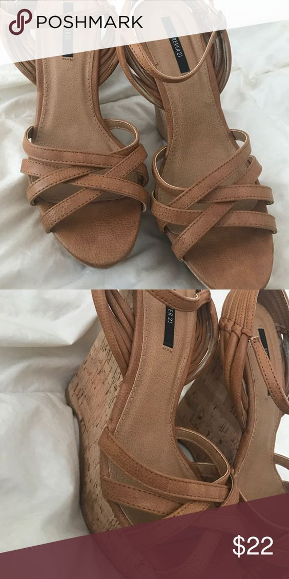 Heels 7.5 Wedges in beige Shoes Wedges