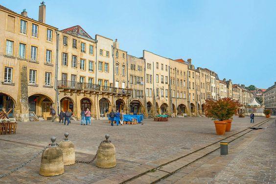 La place Saint-Louis, Metz (North of Nancy)