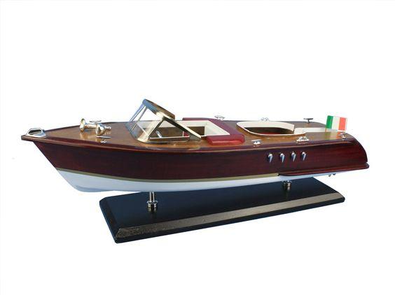 "Wooden Riva Aquarama Model Speed Boat 20"" from Wholesale Model Ships"