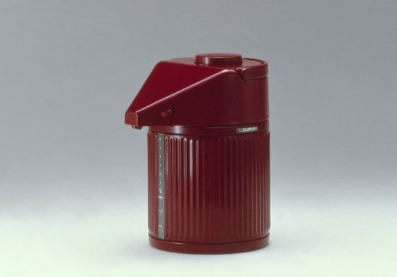 Minideca (1984), electric kettle, Mario Bellini