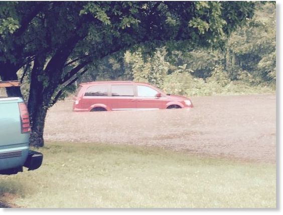 Danbury at around 4:00pm on Beaver Brook Rd. - right in front of Durkin Awnings.