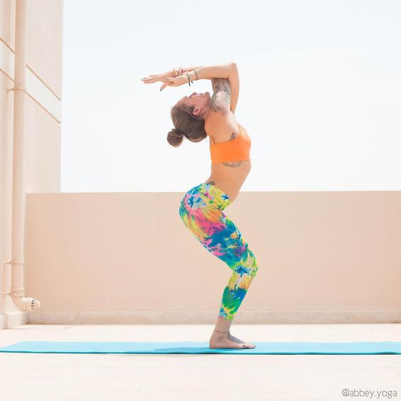 """""""Utkatasana • Chair Pose""""Not everything will go as you expect in your life. This is why you need to drop expectations and go with the flow of life.""""…"""""""