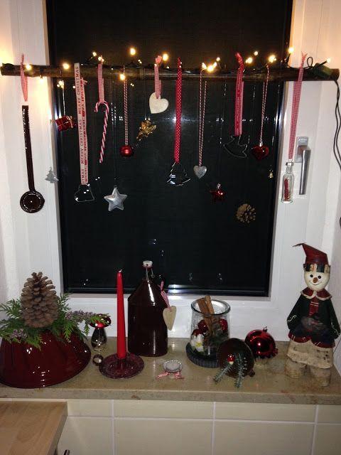 Hobina Fensterdeko Weihnachtsdeko Christmas Weihnachten Advent Fenster Kuchenfenster Weihnachtsdekofensterbank Mit Bildern Fensterbank Dekorieren Weihnachten Weihnachtsdeko Fensterbank Fensterdeko Weihnachten