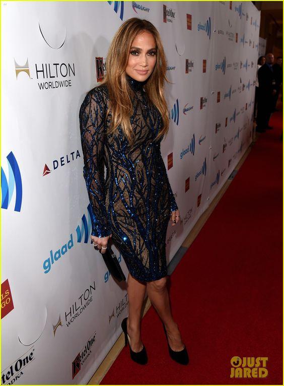 Jennifer Lopez Receives GLAAD's Vanguard Award with Boyfriend Casper Smart By Her Side! | jennifer lopez glaad vanguard award boyfriend casp...