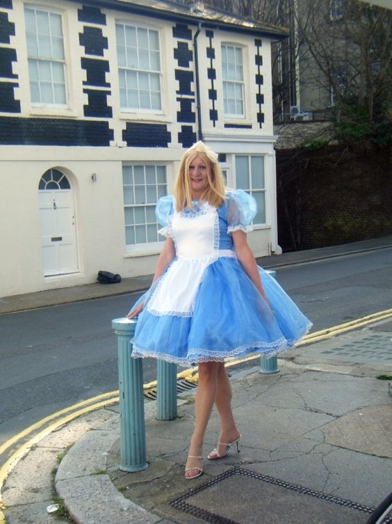 Sissynessa Maids Pinterest Sissy Maids Boys And Maids