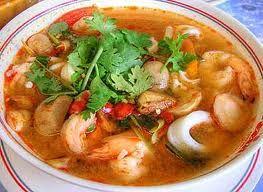 Sopa de mariscos con calabazas cueritos  y verduras.