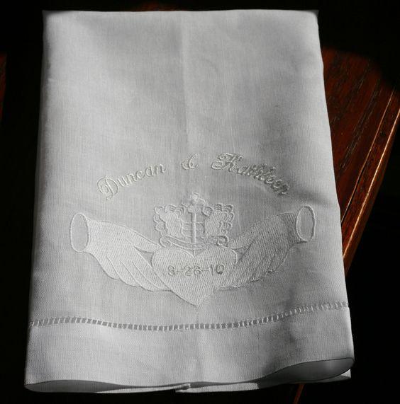 Classic Claddaugh towel