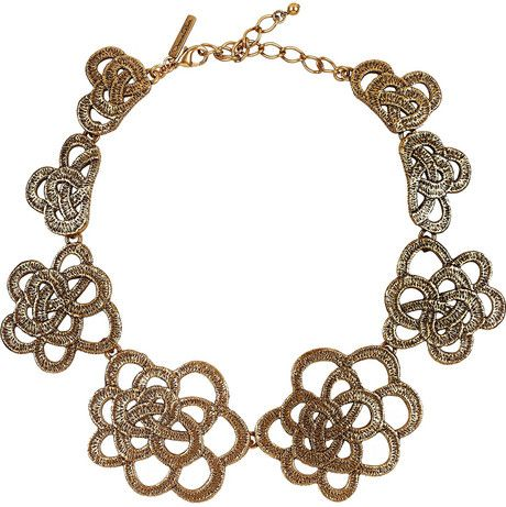 Oscar De La Renta 24karat Goldplated Flower Necklace in Gold