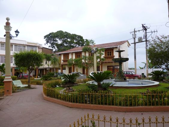 Zaruma main plaza is a popular spot for both locals and foreigners