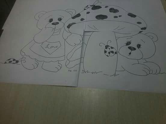 Ursinhos e cogumelo