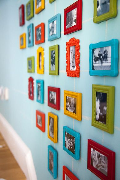gallery wall with tiny frames.