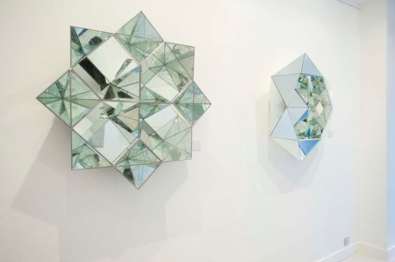 Big Reflective Diamonds Sculptures – Fubiz Media