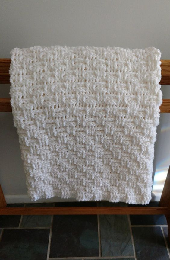 Hey, I found this really awesome Etsy listing at https://www.etsy.com/listing/474992184/crocheted-baby-blanket-white-blanket