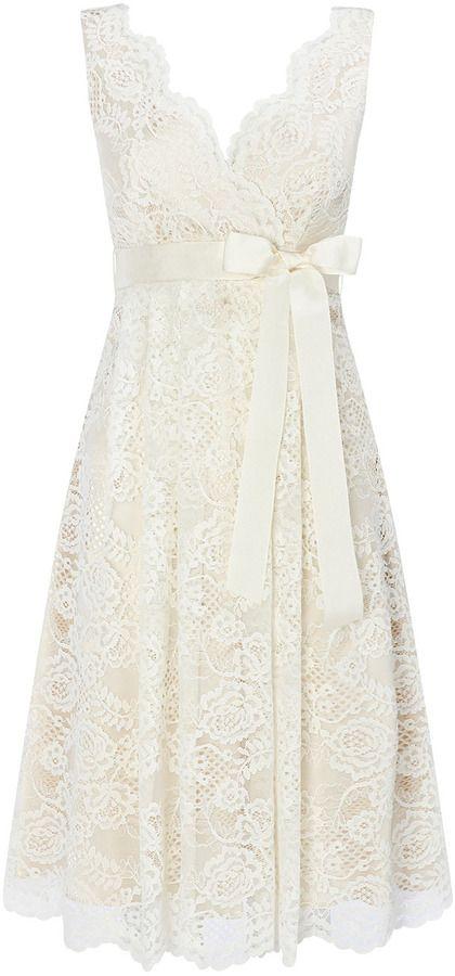 Amei esse Dress...para casamento civil, fim de tarde, ou até mesmo para usar durante a festa...ADOREI!!