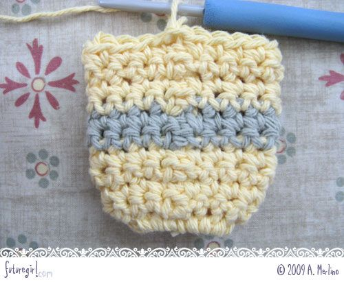 Crocheting In The Round Tutorial : ... Crochet. Great idea to avoid ugly seams when crocheting in the round