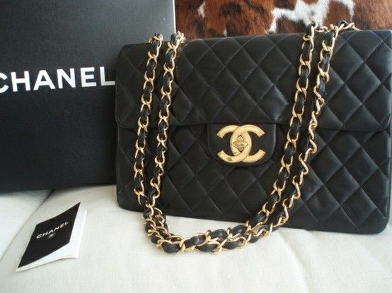 I Sooo Want The Oversized Chanel It Resonates Pinterest