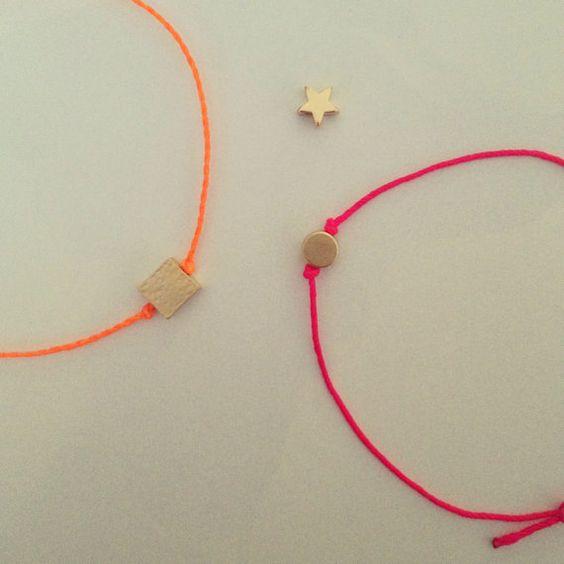 Gold Circle #Bracelet in Neon Pink. $11.00, via Etsy. #neon