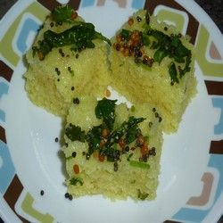 indian vegetarian recipes, Rawa Dhokla, Dhokla, Rice Dhokla, Indian snack recipe, Indian food, Indian Recipe, Marathi Recipe, Maharashtrian Recipe, Tamil Recipe, Telugu Recipe, South Indian Recipe, Bengali Recipe, Indian Appetizers, Street Food, Gujarathi recipe, marwadi recipe, nagpuri recipe, kolhapuri recipe