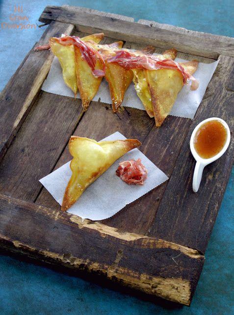 Mi Gran Diversión: Crujiente de queso de cabra, foie, virutas de jamón y mermelada de higos: