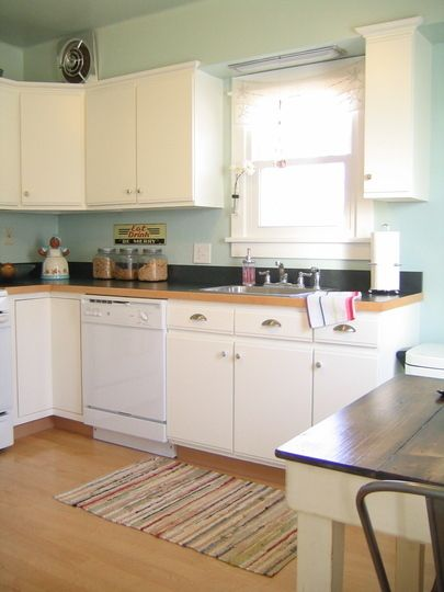 Smallcoolkitchens-2010-01_rect540