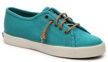 http://www.dsw.com/shoe/sperry+top-sider+pier+view+sneaker?prodId=341369