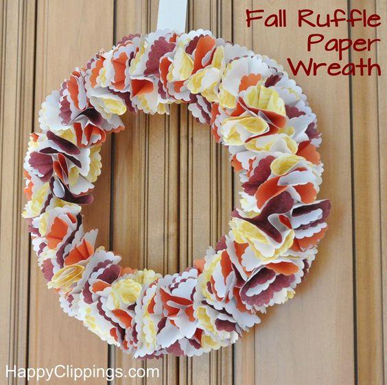 DIY Fall Ruffle Paper Wreath | HappyClippings.com