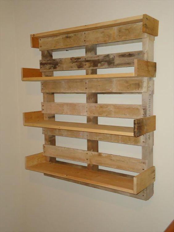 Diy pallet bookshelf pallet furniture diy repurposed for Homemade bookcase ideas