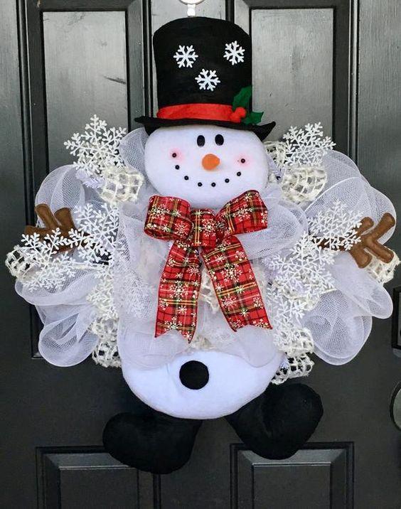 Guiño de hombre de nieve, corona de Navidad, guiño de nieve de Navidad, decoración del hombre de nieve, corona de la puerta delantera, decoración de la puerta de Navidad Esta adorable corona de nieve será una cálida bienvenida a sus invitados durante todo el invierno! Esta corona se hace en una
