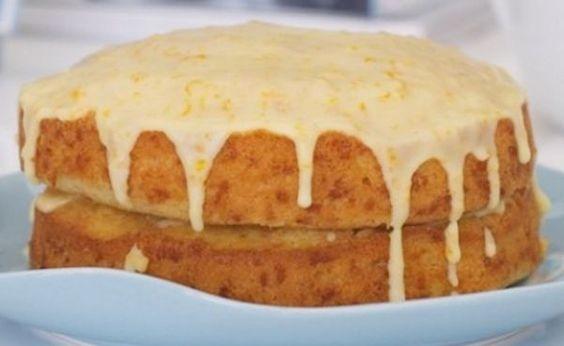 Hoje vou lhes mostrar como preparar este delicioso bolo de laranja e coco, ideal para o café da tarde. Com certeza, uma receita que merece ser apreciada com carinho. Esta receita de bolo é muito simples de ser preparada, e ela tem um sabor único e maravilhoso. Se você desejar, pode pre