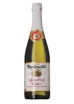 martinelli 39 s sparkling apple cider mlove this stuff around the holidays and it 39 s non. Black Bedroom Furniture Sets. Home Design Ideas