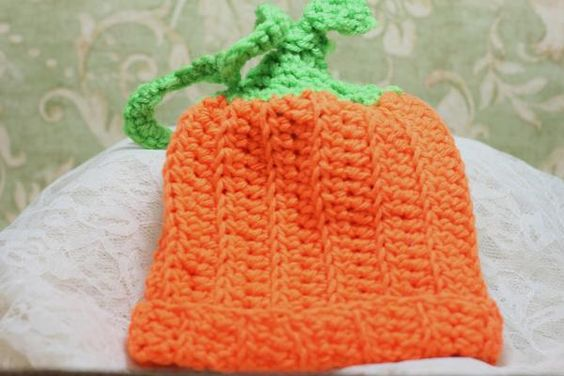 Crochet Pumpkin Hat | Crochet/Knitting | Pinterest | Crochet Pumpkin ...