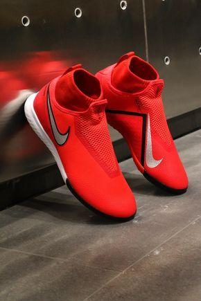 Pin de Albert English en casual wear | Zapatos de fútbol