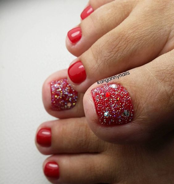 Red Toe Nail Art