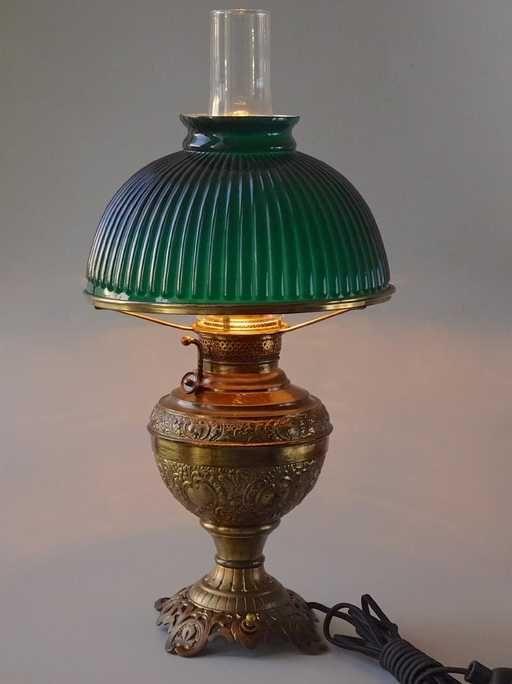 Lot Antique New Juno Kerosene Lamp Electrified Green Cased Lot Number 2036 Starting Bid 350 Auctioneer Vidi Vici Gal Kerosene Lamp Lamp Glass Lamp Base