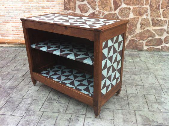 Mueble bar Se vende Se realizan muebles pintados por encargo Para