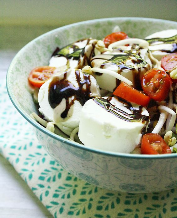 #ziegenkäse #salat  #salad  http://pottkost.blogspot.de/2014/06/ziegenfrischkase-salat.html