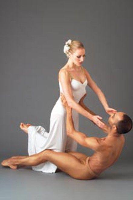 http://www.pghcitypaper.com/imager/heavenly-katherine-crockett-and-martin-lofsnes-in-martha-grahams-diversi/b/big/1391117/3abf/11_dance_angels.jpg