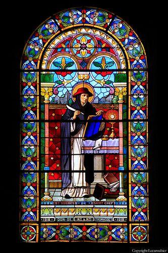 Vitraux abbaye bénédictine de Saint-Chef.