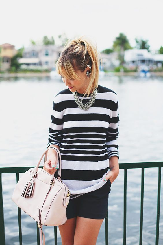 Well executed black and white outfit.