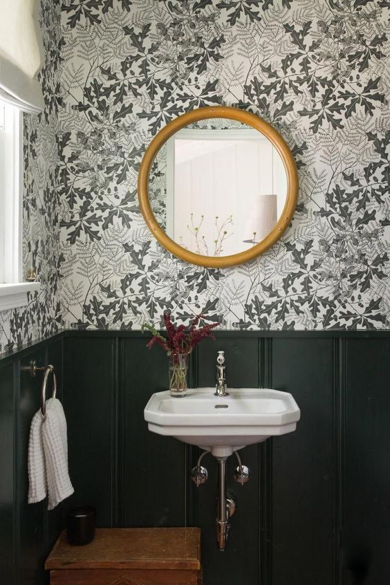 The relocated powder room with Oakleaf wallpaper by Marthe Armitage from Hamilt