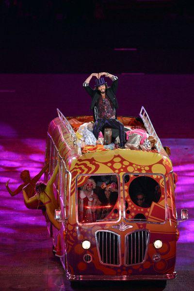 London 2012: Olympics Closing Ceremonies: Chocolate Factory, 2012 Olympics, Brand Sings, Bus Accompanied, Olympics London 2012, London Olympics, Olympics 2012, Brand Leads, Russell Brand